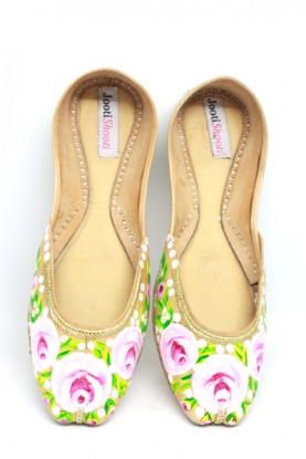 Hand Painted English Pink Florals Khussa
