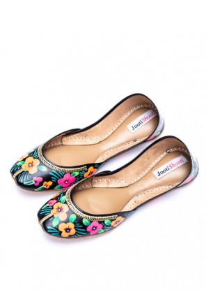Hand Painted Bright Floral Black Khussa